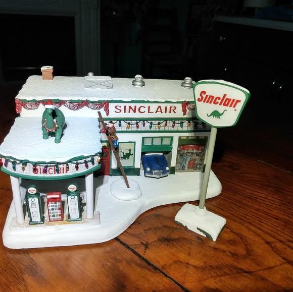 Hawthorne Village Happy Memories Sinclair Service